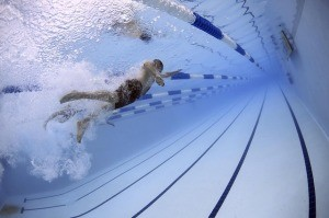 swimmers-79592_640-300x199